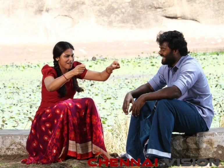 Billa Pandi Tamil Movie Review