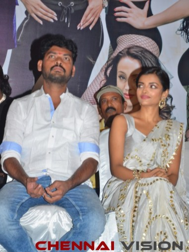 Evanukku Engayo Matcham Irukku Tamil Movie Audio Launch Photos 15