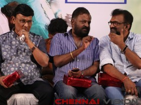 En Kadhali Seen Podura Audio Launch Event Photos 1