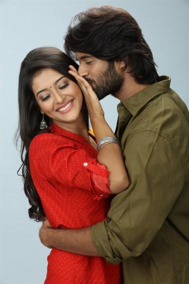 Arjun Reddy Tamil Movie photos 1
