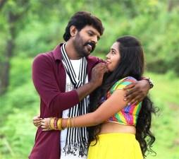 Avathara Vettai Tamil Movie Photos 7