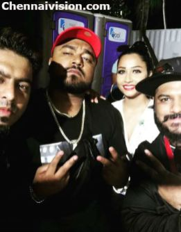 FSPROD Vinu with Havoc Brothers and Sophia Akkara in Singapore Anirudh Concert Backstage