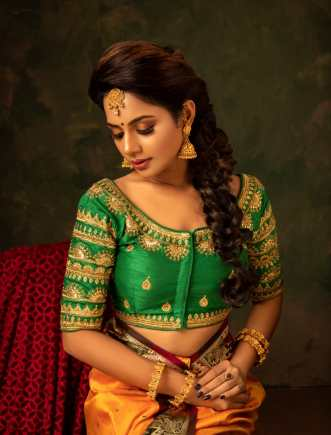 Photoshoot pics of Actress Aishwarya dutta