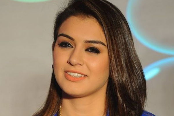 Hansika makes it big on Twitter