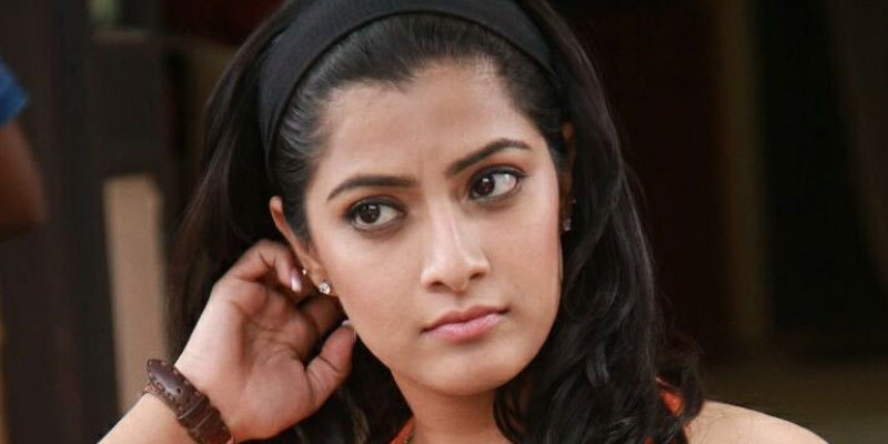 I am not getting married in near future: Varalakshmi