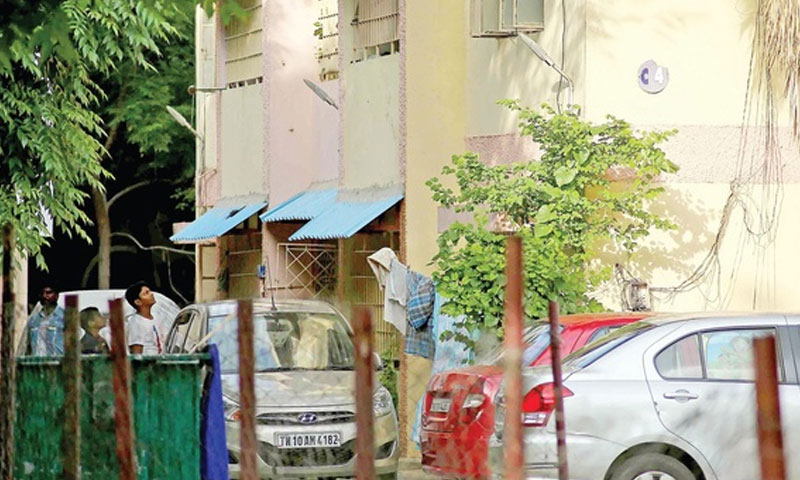 Judge's house burgled at Saidapet, 200 sovereigns gold stolen