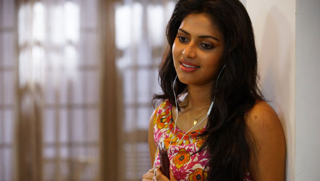 Amala Paul in Thiruttu Payale 2