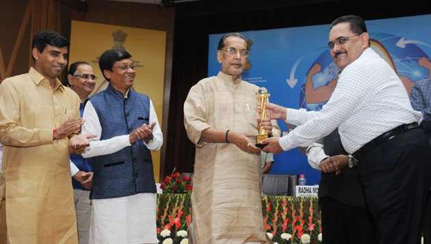 Government of India is promoting poultry through National Livestock Mission: Radha Mohan Singh