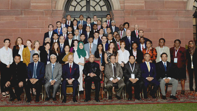 Pranab Mukherjee meets delegates of the international conference on voter education for inclusive