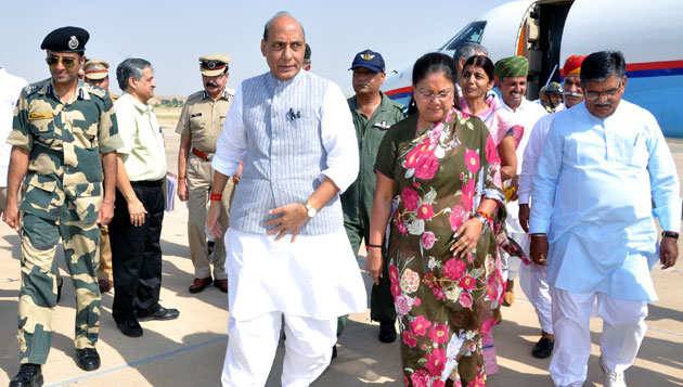 Union Home Minister visited Munabao BOP in Barmer today