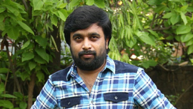 Sasikumar done with Balle Vellaiyathevaa