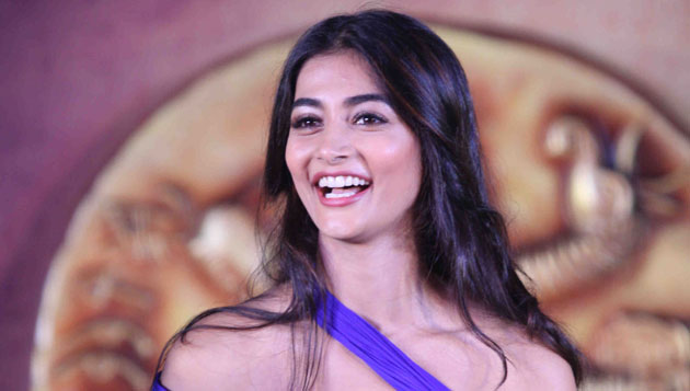 Pooja Hegde crosses 1 million on Facebook