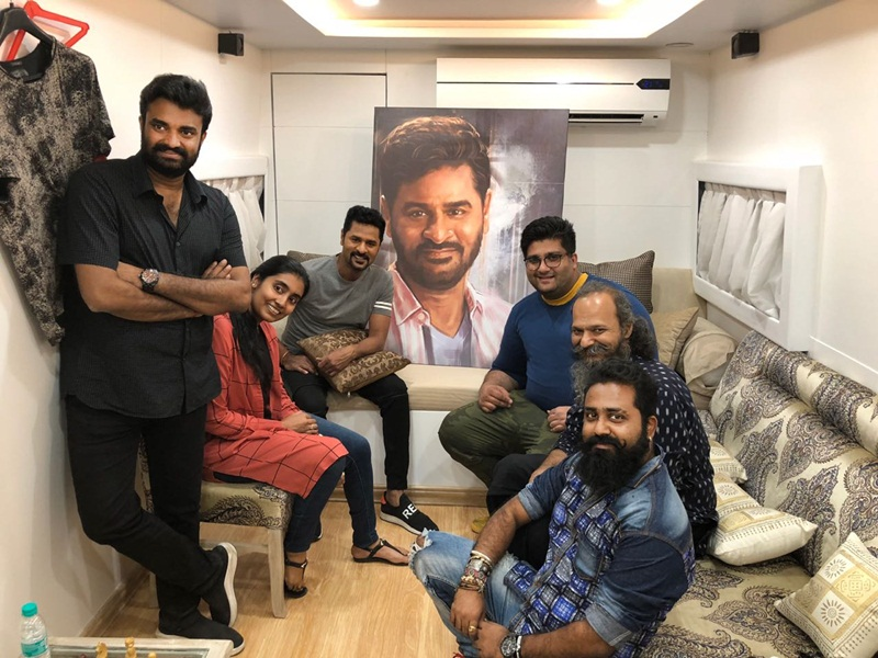 Prabhu Deva gets awestruck over 'Lakshmi' producers' beautiful gift