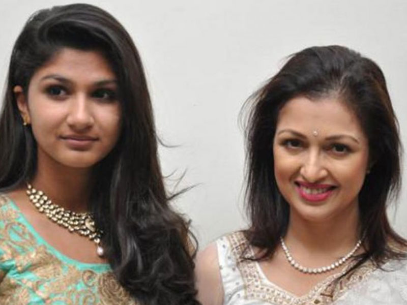 Gautami clears the air on her daughter's debut movie