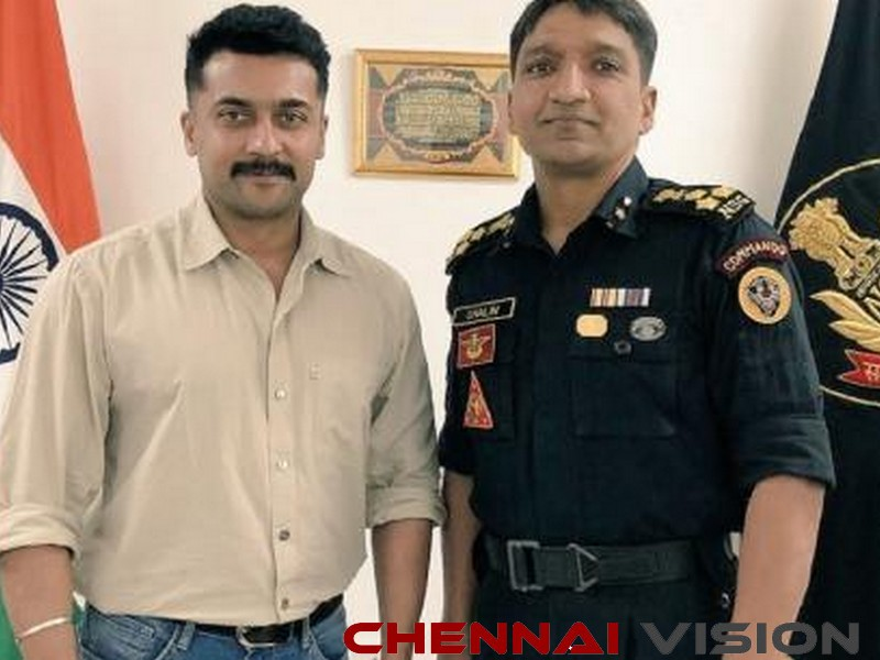 Suriya in Noida, interacts with NSG officials