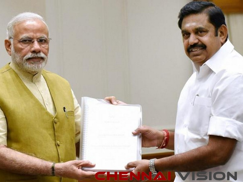 Edappadi meets Modi, seeks Rs 15,000 cr as Cyclone Gaja reliefEdappadi meets Modi, seeks Rs 15,000 cr as Cyclone Gaja relief