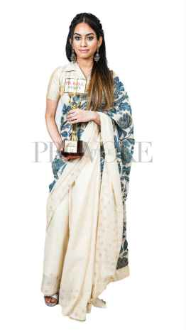 Provoke Awards BEST SINGER FEMALE Dhee
