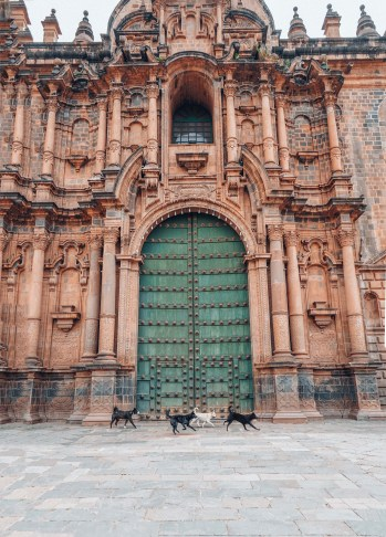 cusco-cathedral-peru-squad-goals
