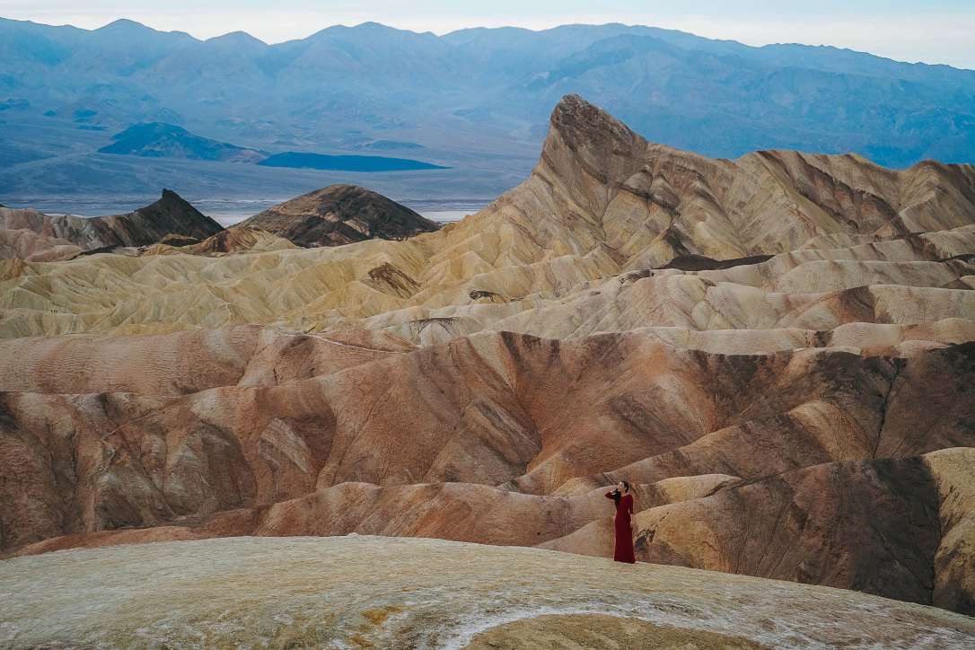 death-valley-national-park-zabriskie-point-california-usa