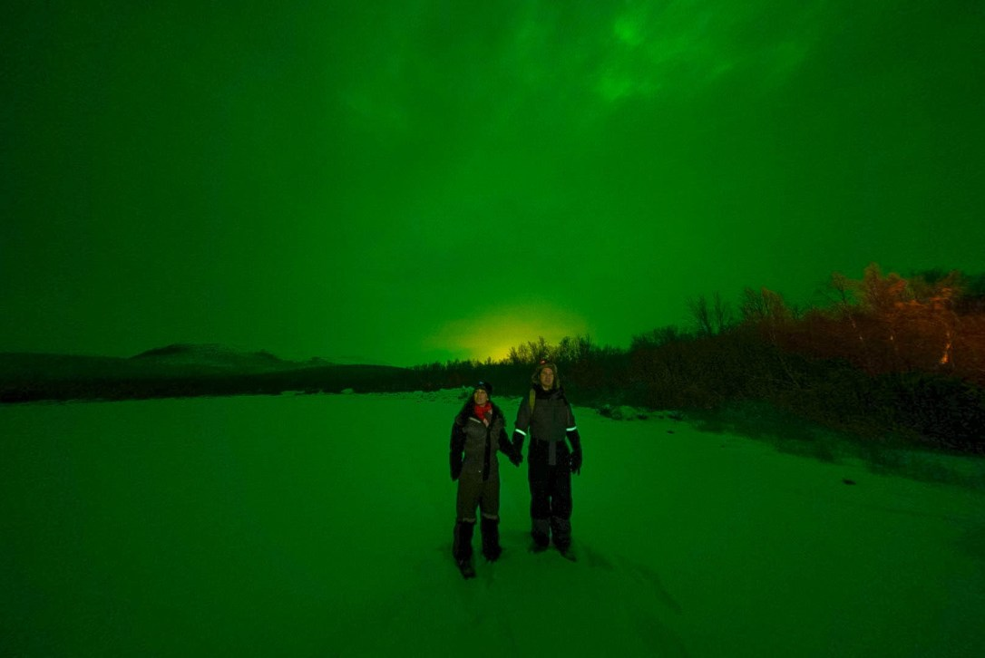 northern lights aurora borealis lapland finland tour wandering owl
