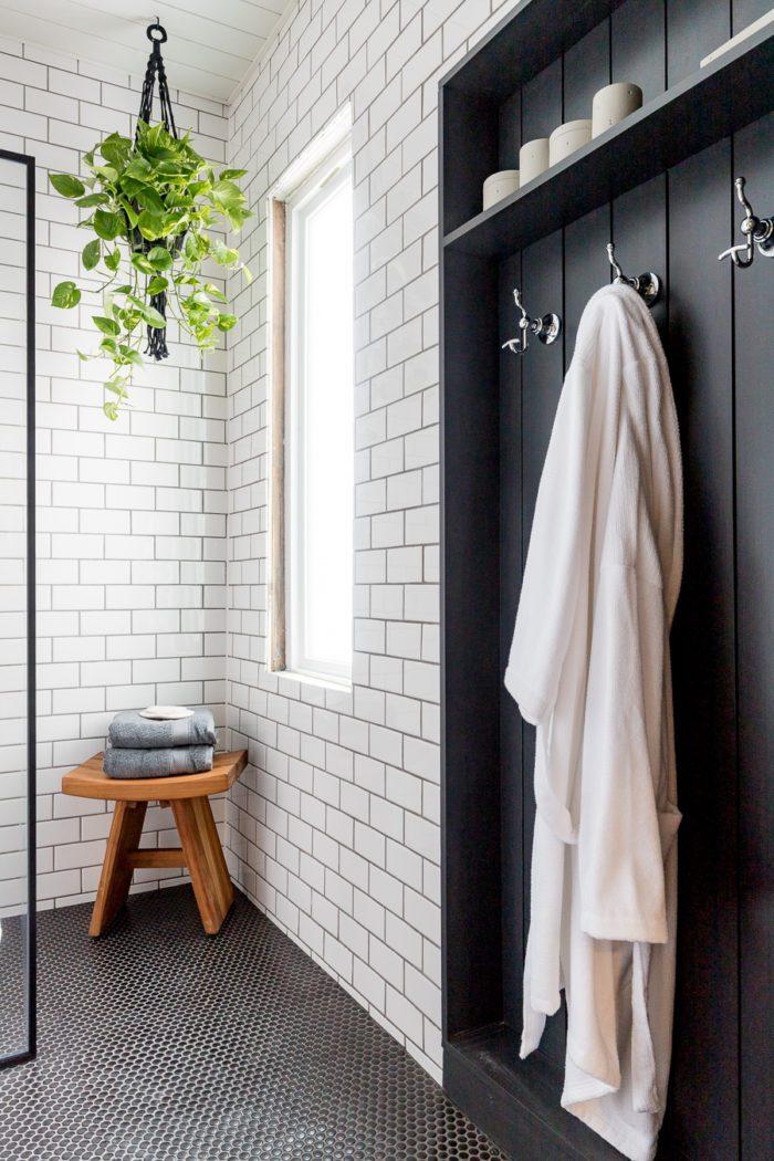 black and white bathroom floor tile