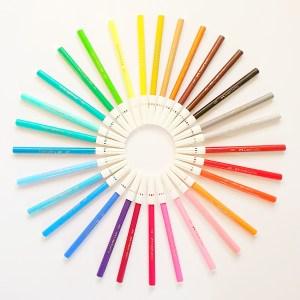טושים צבעוניים