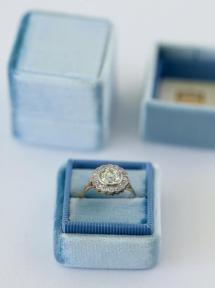 French-Blue-Ring-Box_grande