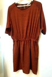 Φόρεμα 27,90€ (από 39,90€)
