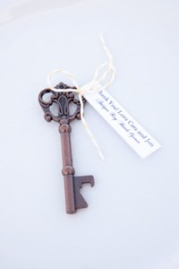 key bottle opener favor3