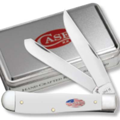 Smooth White Synthetic Trapper w/Patriotic Shild in Gift Tin