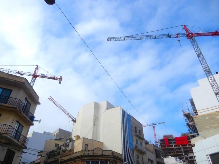 Malta cranes DSCN0054
