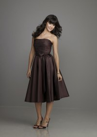 Looking Slim with Brown Bridesmaid Dresses