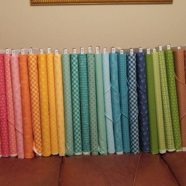 Happy Day! I have the NEW loriholtfabric BeeBasic! I amhellip