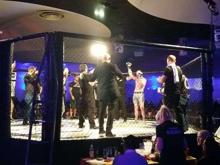 Из актера в бойцы MMA (4 фото)