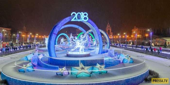 На ВДНХ открыт самый большой в мире каток (12 фото)
