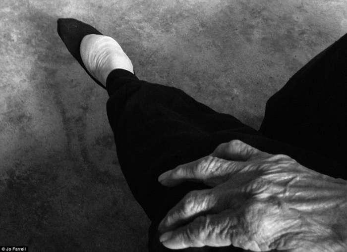 """Последние дожившие женщины Китая с """"лотосовыми"""" ногами"""