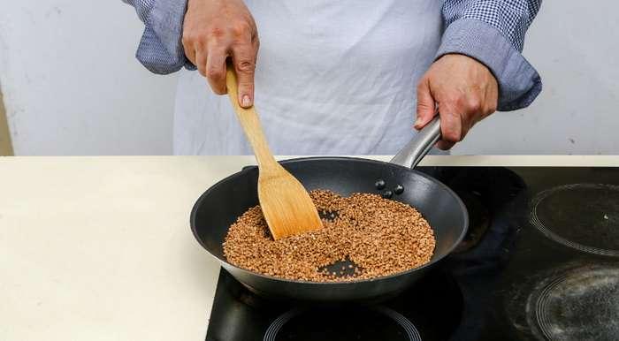 Как правильно варить гречку, чтобы вместо размазни получилась рассыпчатая каша