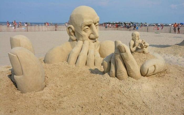 Самые странные скульптуры со всего мира из когда-либо созданных