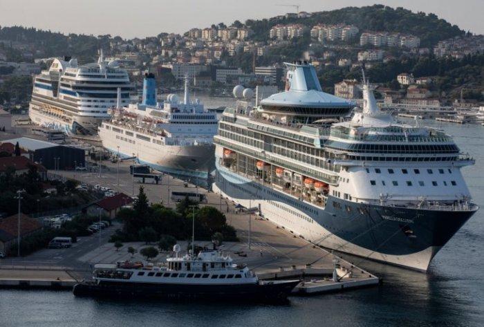 -Чрезмерный туризм- и проклятие круизных лайнеров