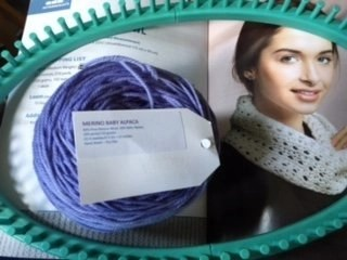 Ultimate Oval Loom Knitting Set by Leisure Arts Review