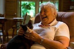 A Maine native, Fleurette lives with her 13-year-old cat Emmy in Springvale, ME. In addition to her hospice volunteer work, Fleurette is active in her church, teaches at Senior College, and is a board member at Caring Unlimited, a nonprofit organization working to end domestic violence.