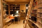 traveling bookstore cool links 2-22-20
