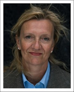 Facial portrait of Elizabeth Strout from her website