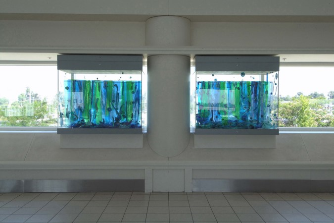 1.AquariumFrontWeb