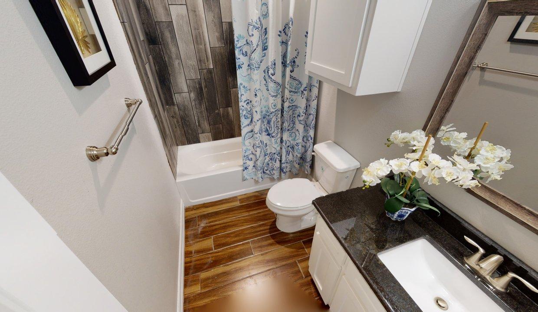 3918-Pennine-Way-Bathroom-2