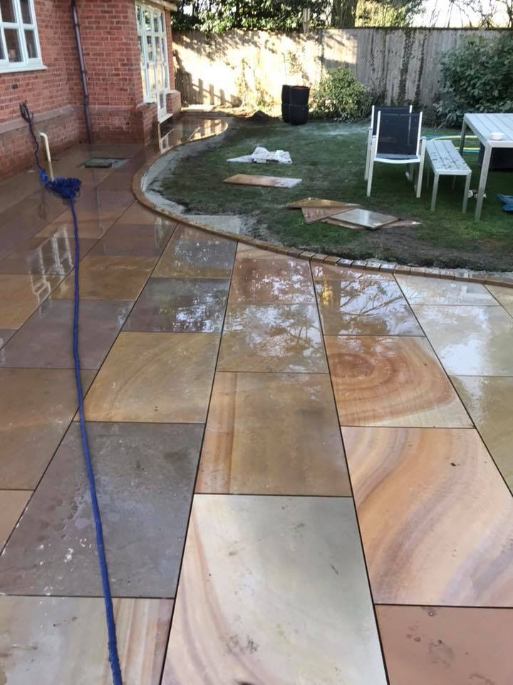 Sunrise Sawn Smooth Sandstone 900x600s 18m2 Pack 163 549