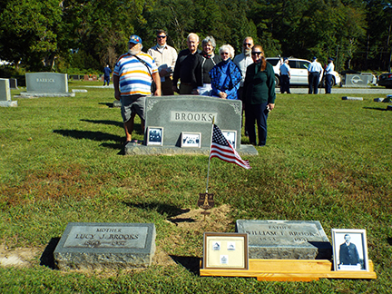 Descendants of honored Keeper William Thomas Brooks