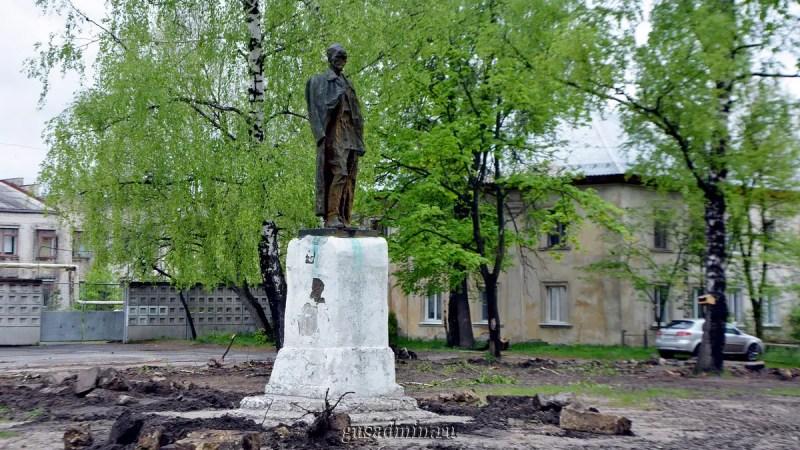 В Гусь-Хрустальном демонтировали памятник «Железному Феликсу»