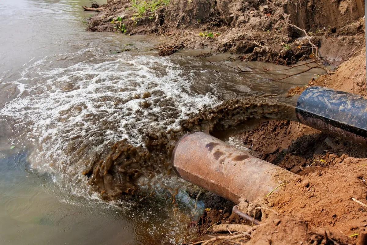 «Владимирводоканал» сливал канализацию в ручей в Юрьевце