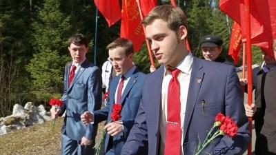 Кандидаты от «Коммунистов России» снялись с выборов в Госдуму